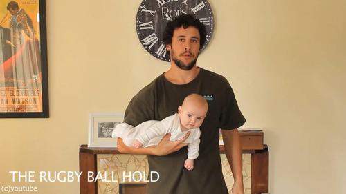 「赤ちゃんの抱き方」14