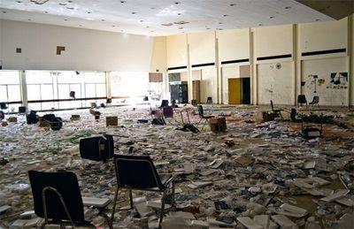 デトロイトの廃校04