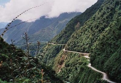 Yungas_Road04