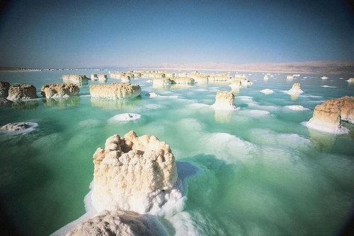 死海の塩の結晶03