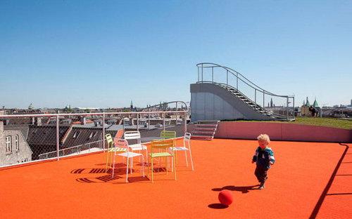 デンマークの屋根の上の遊び場09