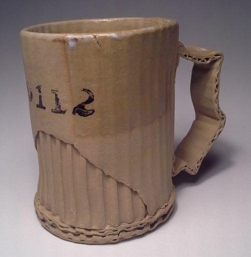 陶器をダンボールに変える01