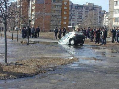 6-水没する車