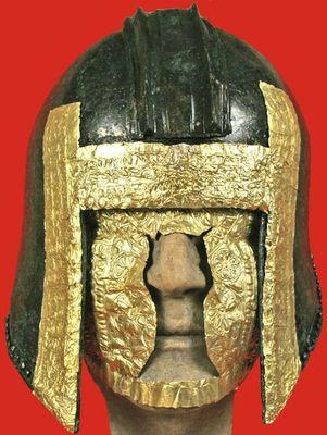 ギリシャ兵士の黄金ヘルメット