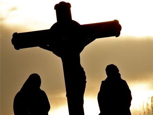古い教会の十字架を活用00