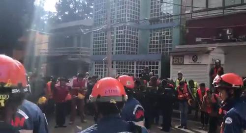 メキシコで日本の救助隊が派遣02