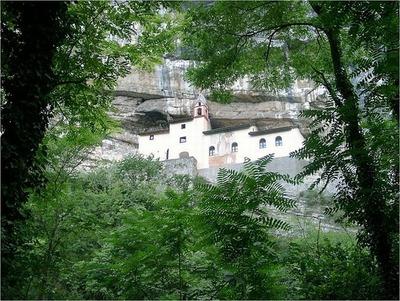 サン・コロンバーノ岩窟教会04
