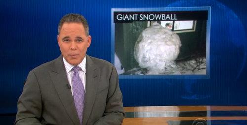 雪だるまで建物が破損01