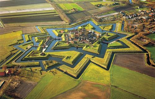 ブルタング要塞01