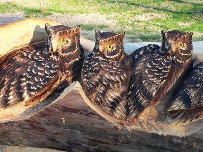 チェーンソーで木彫り09