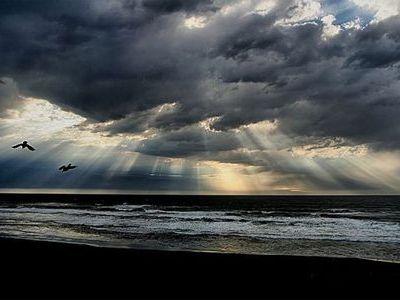 「天使のはしご」薄明光線00