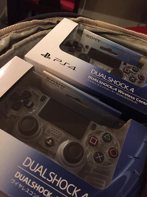 PS4の透明コントローラー03