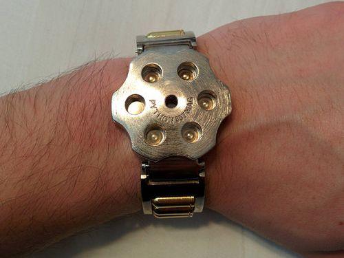 ユニークな腕時計17
