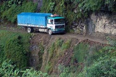 Yungas_Road05