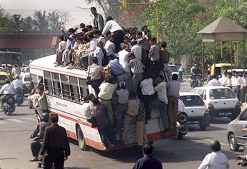こんなバスは困る03