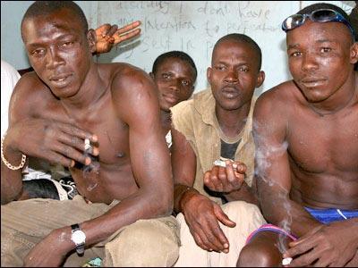 アフリカで繰り広げられるド迫力の格闘技10
