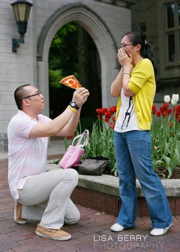 婚約指輪をピザに置き換えたら13