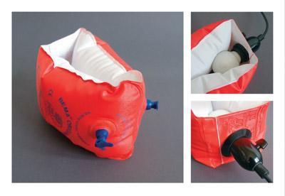 救命胴衣を電球に装着-くだらない笑える面白いリサイクル05