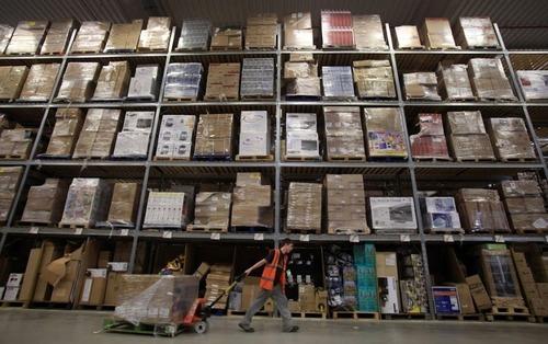 Amazonの倉庫06