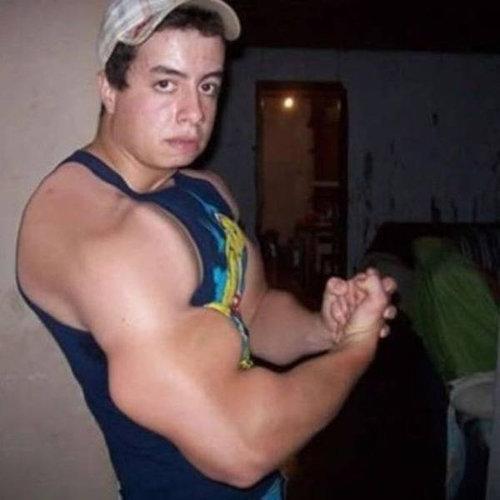 筋肉ムキムキ…合成写真08