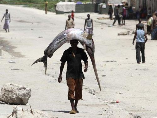ソマリアの魚釣り00