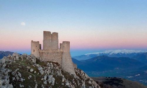 イタリア各地のお城が無料03