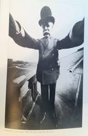 1920年ごろの自分撮り03