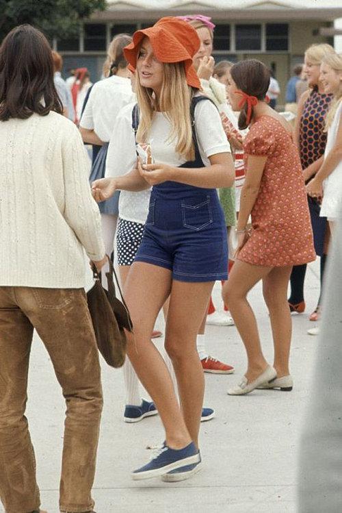 40年前のアメリカの女子高生ファッション01
