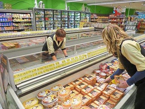 ドイツのスーパーの人種差別アピール00
