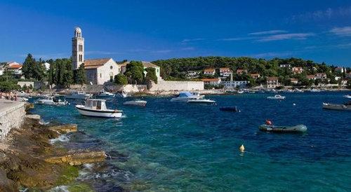 アドリア海が見える修道会をリフォーム01