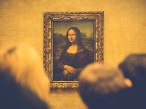 美術館に通う人は長生き00