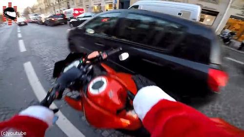 サンタのバイクがひき逃げ犯を追う14