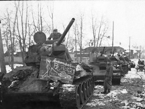 自分の乗っていた戦車が記念碑00