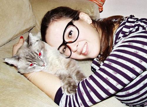 猫とお姉さん02