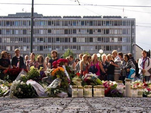 ノルウェー連続テロ事件の生存者00