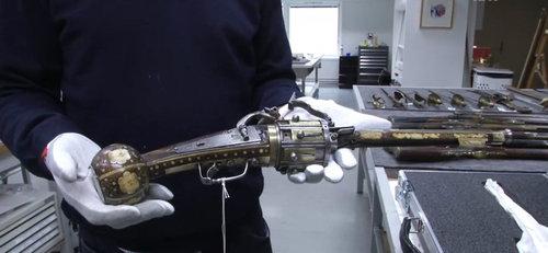 世界最古のリボルバー01