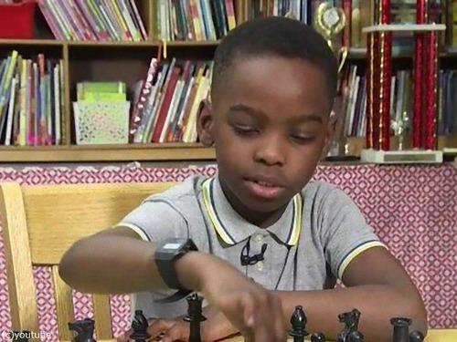 ホームレスの8歳少年がニューヨークのチェス・チャンピオンに