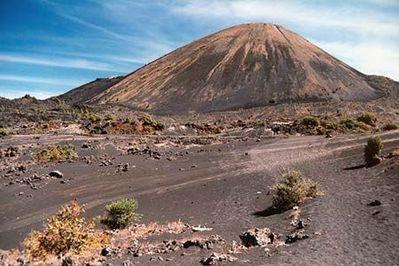 パリクティン火山09