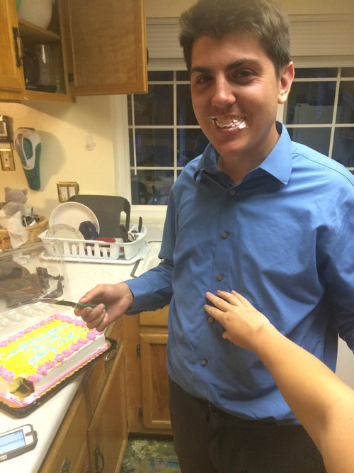 兄の店に拳銃強盗が入ったのでケーキを焼いてあげた02