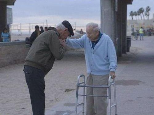 第二次世界大戦の命の恩人と再会01