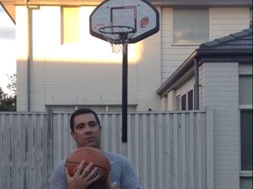 お父さんがバスケで人生最高のシュート00