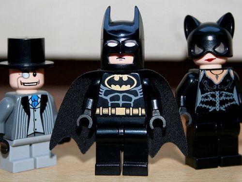 警察とバットマンの勝負00