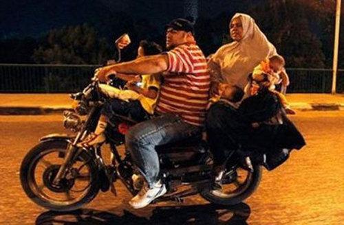 バイクで物を運ぶ限界19