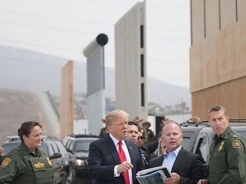 医療を求めてメキシコに群がるアメリカ人00