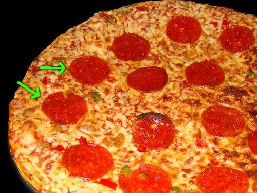 サラミ2倍のピザ00