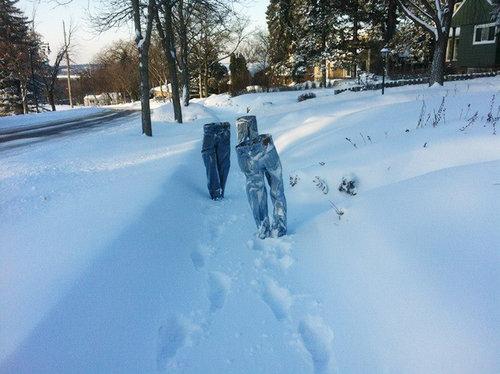 アメリカでジーンズを凍らせる遊び06