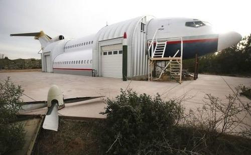 引退した飛行機の再利用08