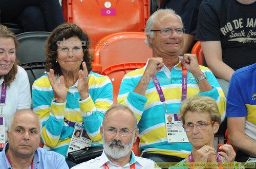 スウェーデン王と女王のオリンピック応援03