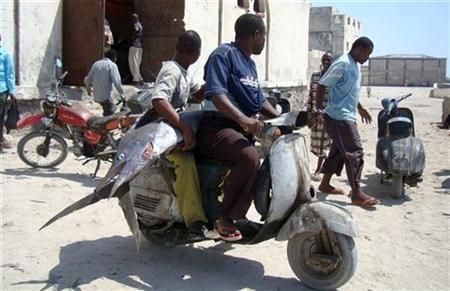 ソマリアの魚釣り09