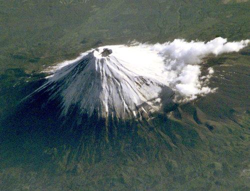 宇宙から見た「富士山」02